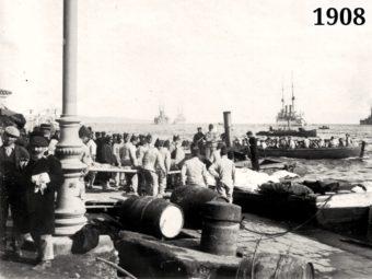 Фото - эвакуация пострадавших во время землетрясения на российские корабли - Мессина 1908
