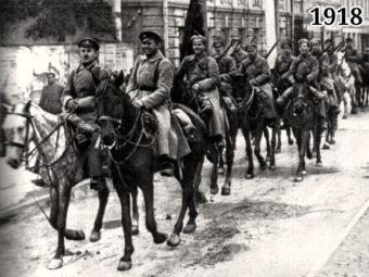 Фото Красная Армия входит в Казань 1918 год