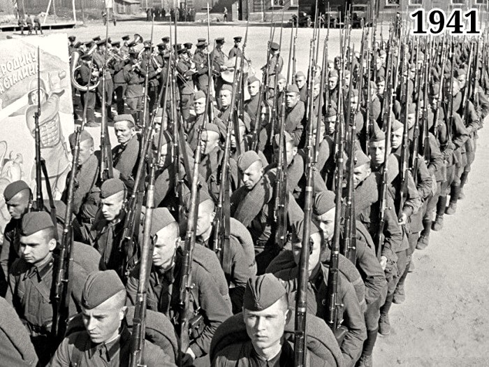 Фото бойцы Красной Армии уходят на фронт