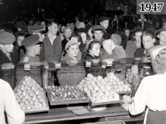 Фото в продуктовой магазине Москва 1947 год
