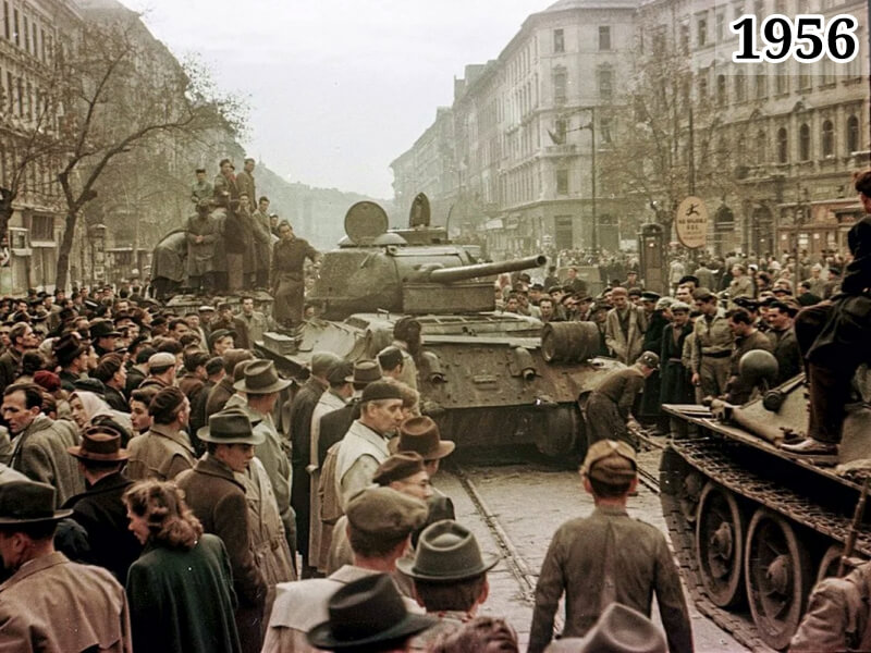 Фото советские танки на улицах Будапешта. Венгрия, 1956 год