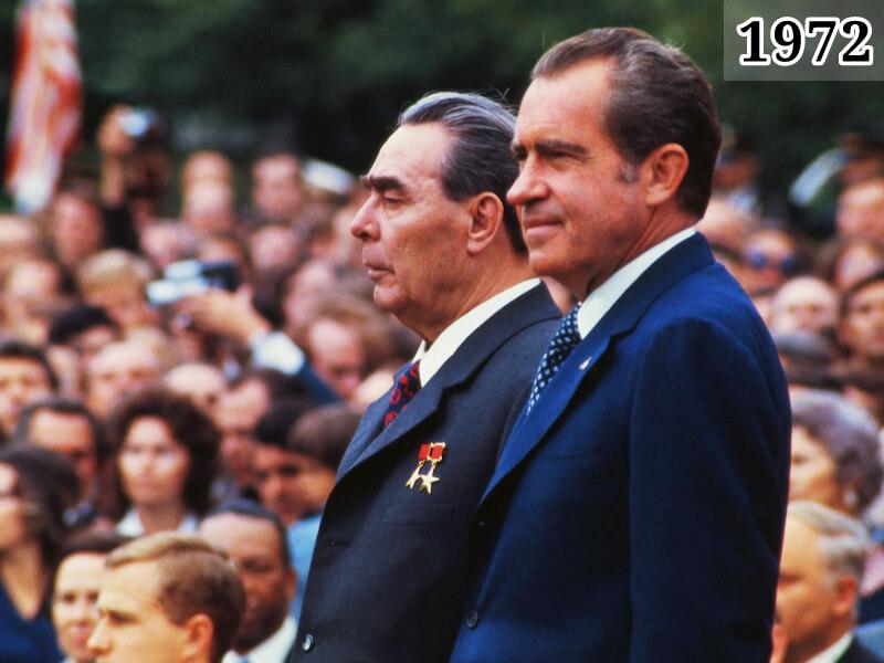 Фото Ричард Никсон и Леонид Брежнев в Москве