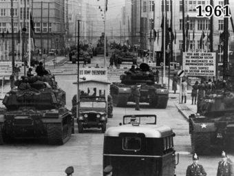 Фото советские и американские танки на Фридрихштрассе, 26—27 октября 1961