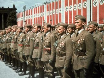 Фото церемония чествования солдат и офицеров легиона Кондор, Берлин 6 июня 1939 года
